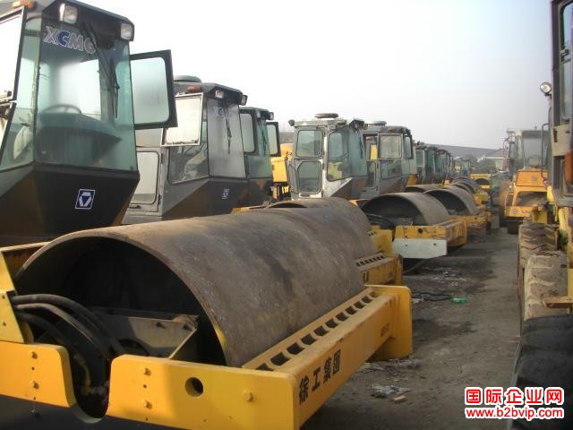 上海二手工程机械收售二手挖掘机、二手挖掘机价格