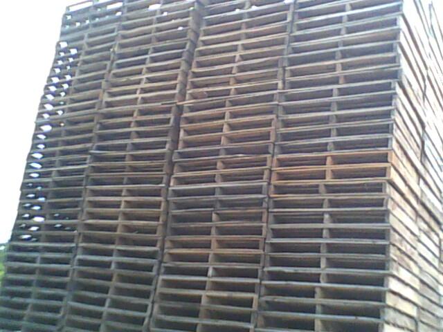 福州长期高价回收二手旧木托盘垫仓栈板