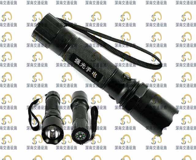 警用手电筒 超高高度强光手电筒 充电警用手电筒