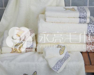 上海永亮出售9262优质动漫型毛巾