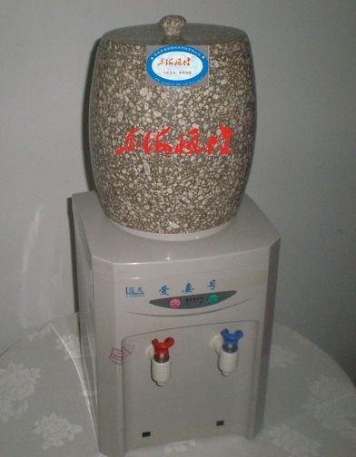 厂家直供麦饭石养生饮水机桶02麦饭石饮水机的功效