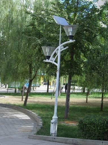 LED太阳能灯生产厂家_盈通光电第三胎