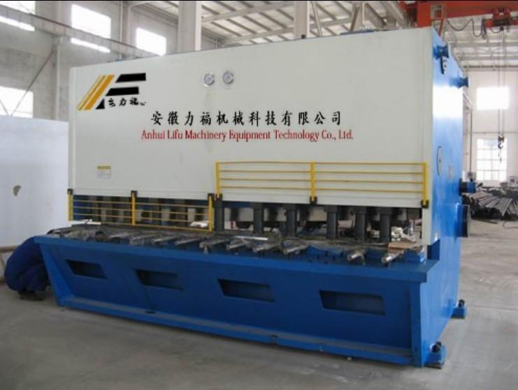 供应QC12Y-6/2500品牌液压剪板机,聊城剪板机直销