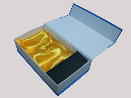 礼品盒设计制作_东莞火焰创意广告公司_包装设计_国际
