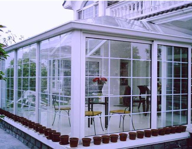 钢构玻璃房效果图别墅
