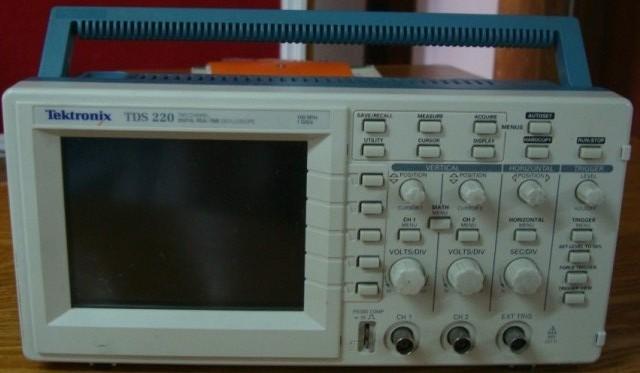 回收TDS220/回收泰克示波器