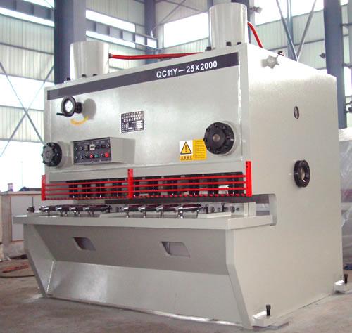 江苏南通海安剪板机厂家,闸式剪板机型号齐全,闸式剪板机价格优惠