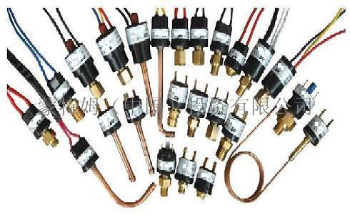 供应真空镀膜机压力开关、真空镀膜机压力控制器、镀膜机水压开关
