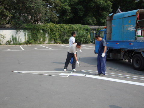 江门道路标线、车位划线、广东热熔划线施工队
