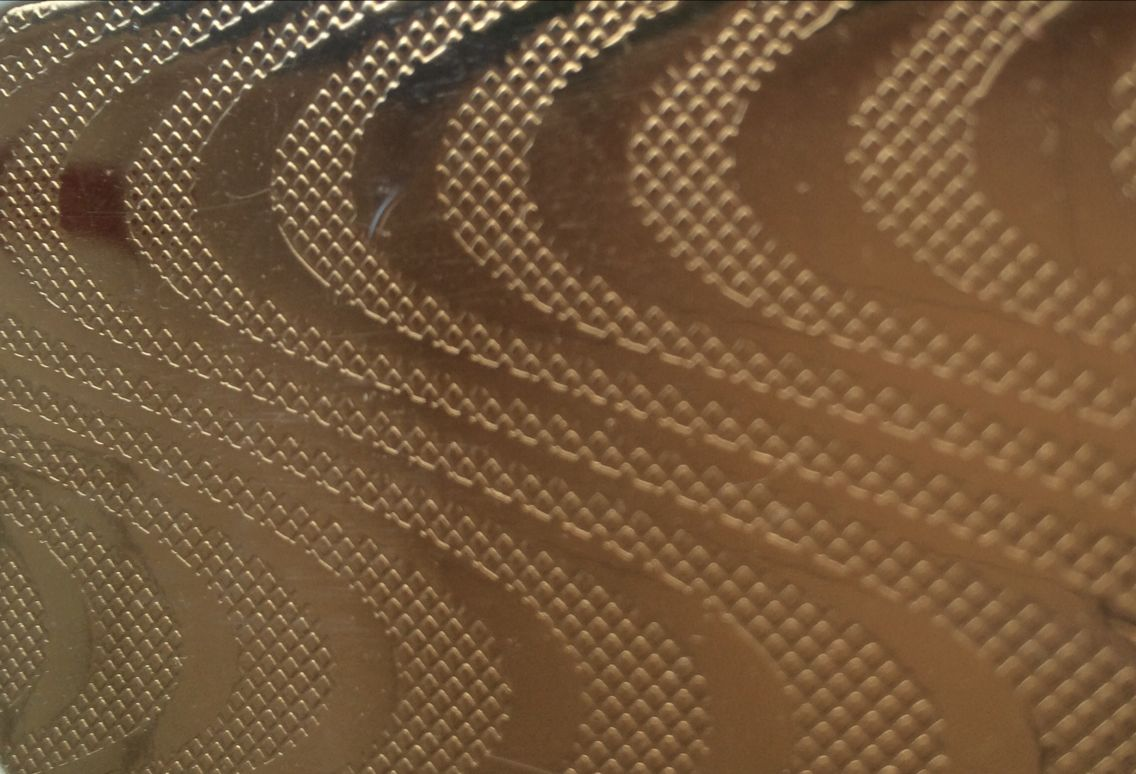 供应彩色不锈钢花纹板