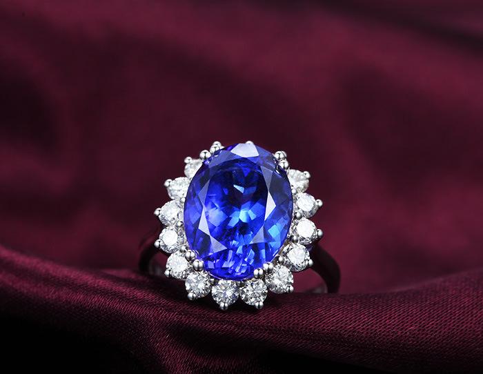 珠宝首饰加工 18K白金坦桑蓝宝石戒指
