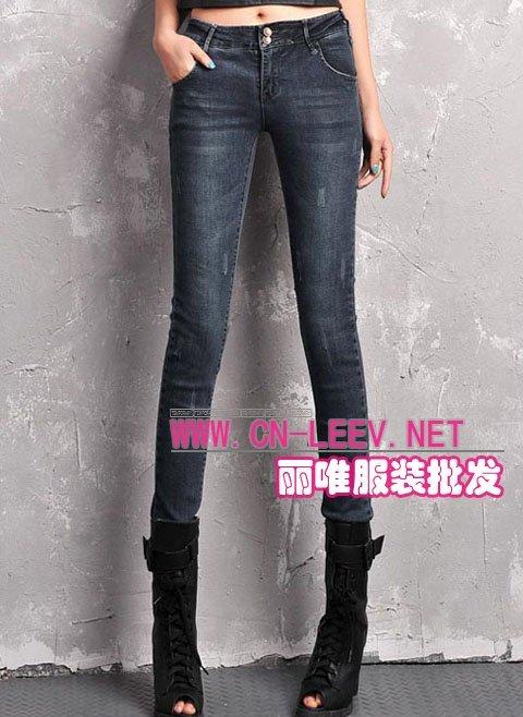引领时尚虎门厂家供应最新款时装牛仔裤批发