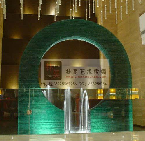 流水玻璃酒店钳口造型玻璃装饰