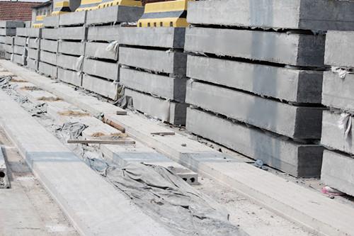 青岛水泥预制实心板价格