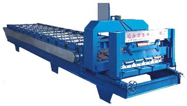 供应840琉璃瓦彩钢压型设备
