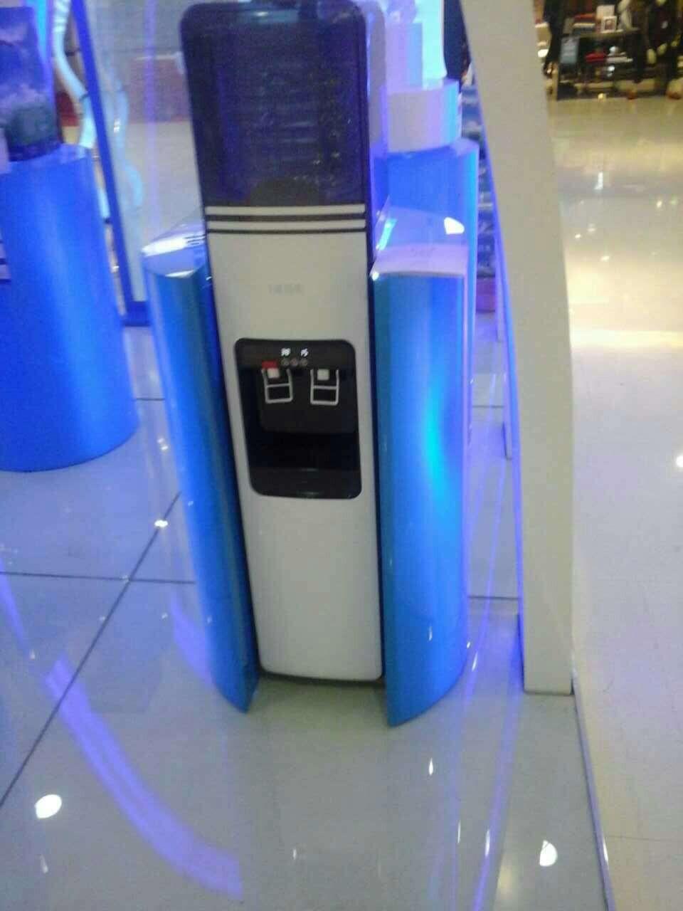 广东亚克力有机玻璃饮水机展架推荐