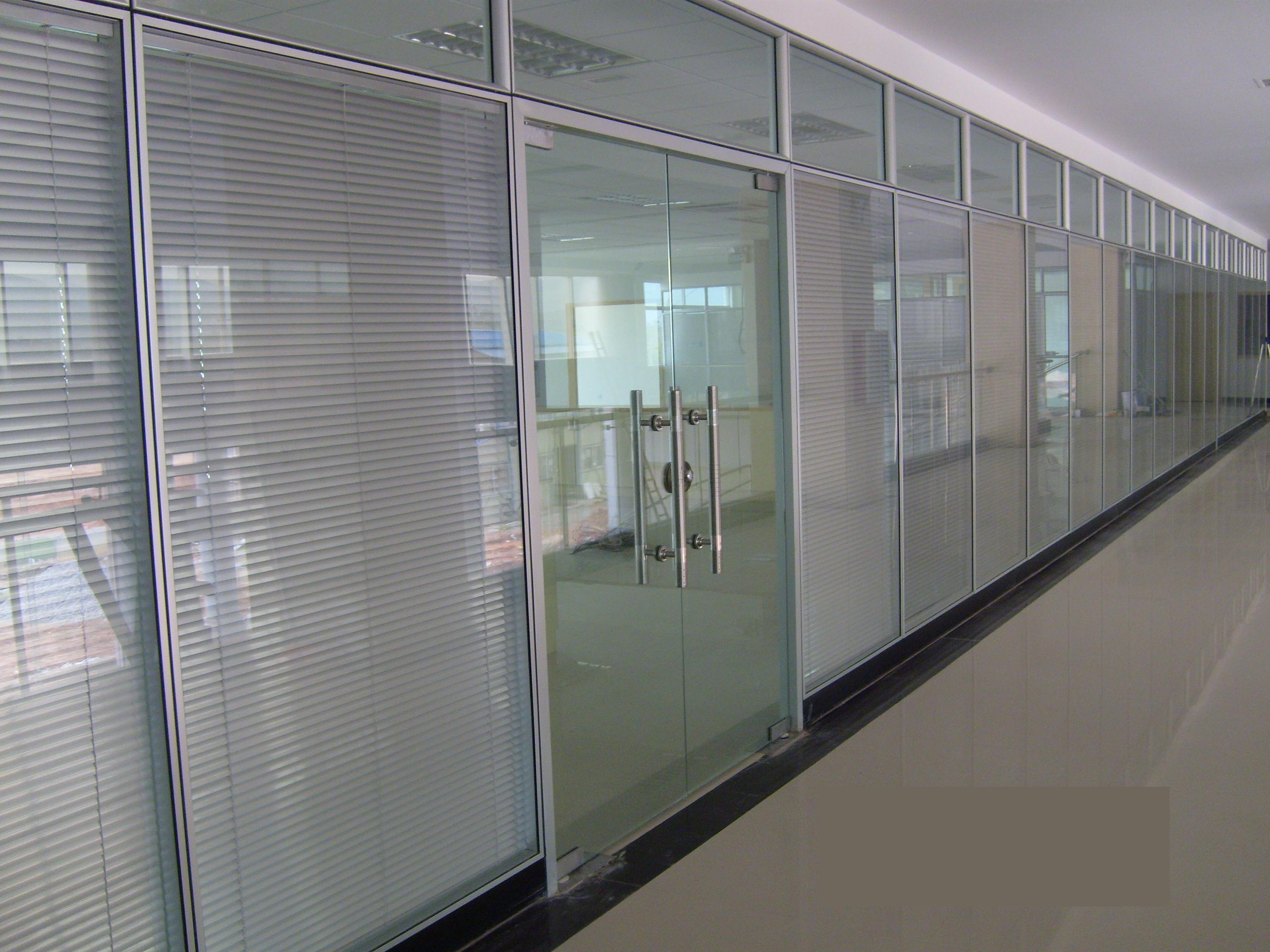 玻璃隔断墙安装步骤