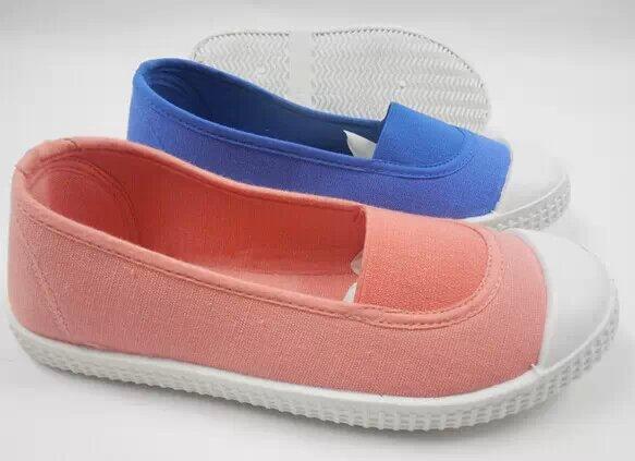 万斯匡威休闲帆布鞋硫化鞋批发厂家直销批发出口