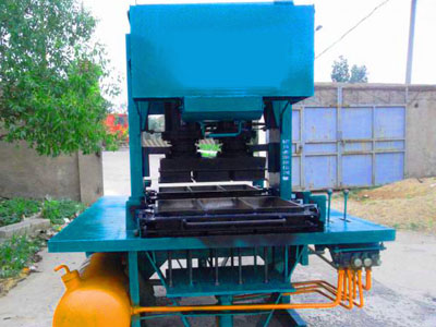 性能优势不可不提的液压制砖机