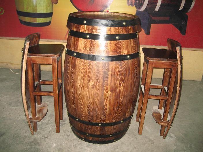 橡木桶酒吧桌