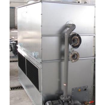 逆流式全密闭冷却塔,式冷却塔成套设备由主机,水箱,循环水泵及电控
