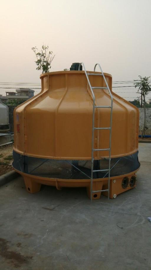 厂家直销湖北武汉300T耐高温玻璃钢冷却塔