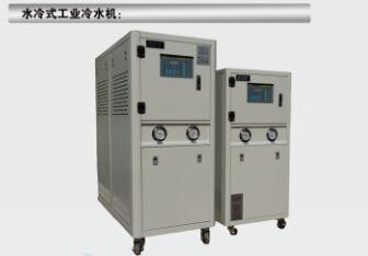工业冷水机的制冷原理
