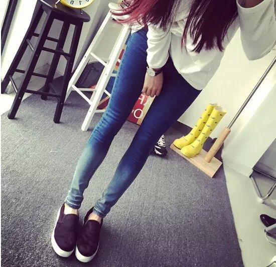 时尚牛仔裤批发便宜女士小脚裤低价清货牛仔