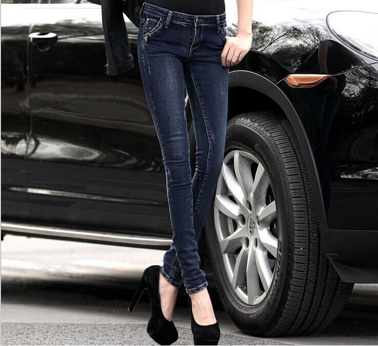 最便宜的小脚牛仔裤批发时尚新款女士铅笔裤
