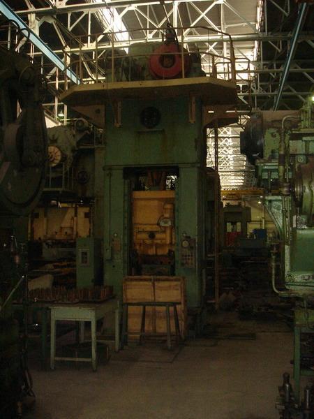 俄罗斯400吨压力机